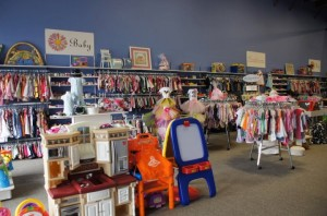 Painted Daisy Consignment Boutique is taking spring/summer clothing & is hiring