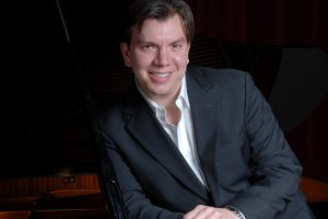 Tenor Joseph Regan and pianist Joseph Satava to perform at Harford Community College April 9